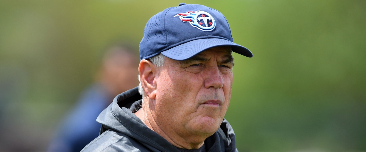 Who will replace Dean Pees as Tennessee Titans defensive coordinator?