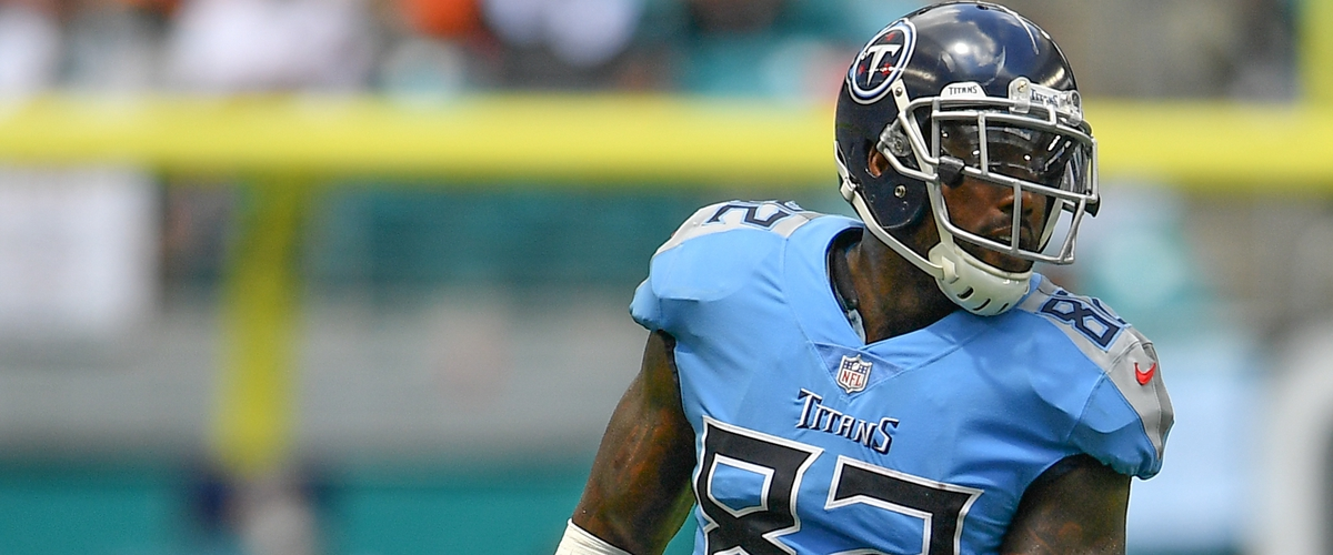 Tennessee Titans: If Delanie Walker joins the Patriots we riot