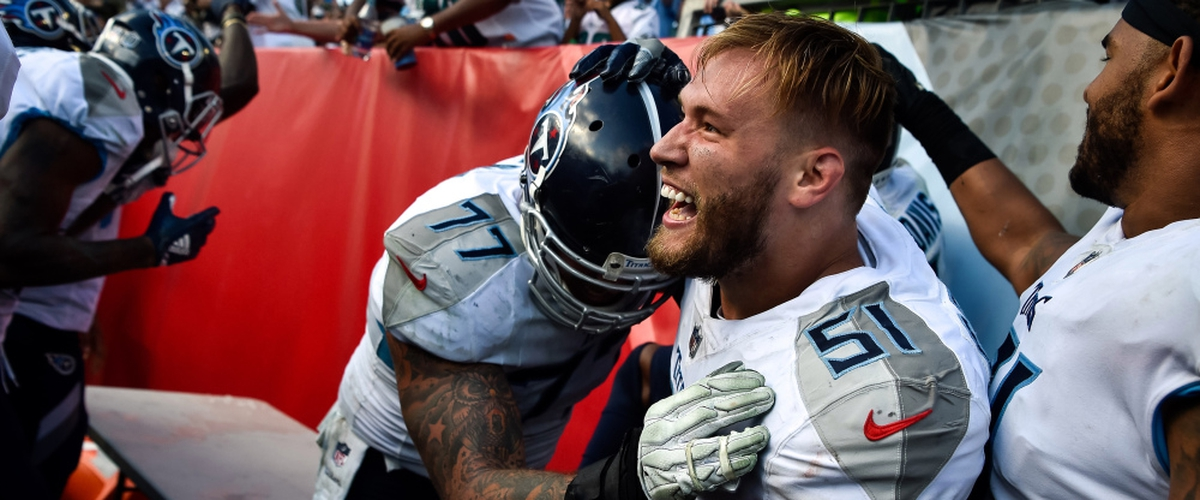 Tennessee Titans: Two former players return while two get cut