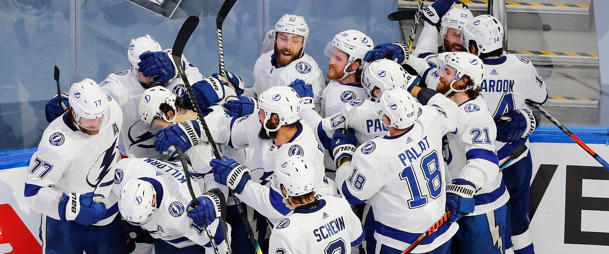 Wholesome Hockey: Cirelli's O.T. score lifts Lightning to the Cup!