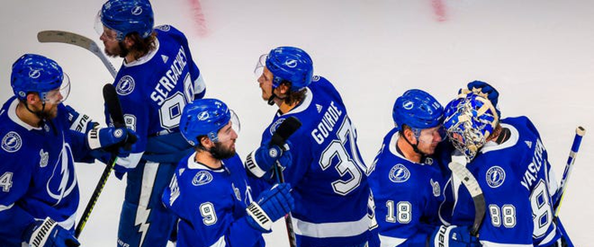 Wholesome Hockey: Tampa's three-goal first-period ties series!